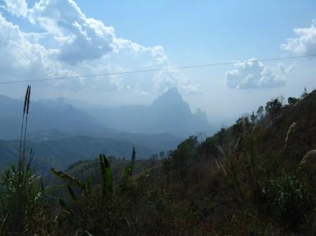 die Berge werden steiler
