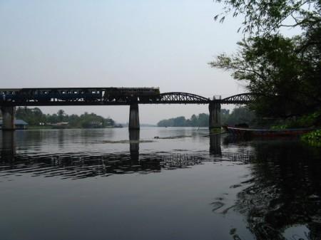 die berühmte Brücke am Kwai